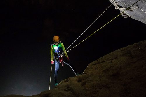 Abseiling-in-Tu-Lan-Cave