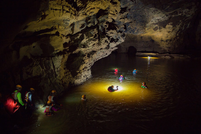 Reviews of Tu Lan Cave 1 day experience on Facebook