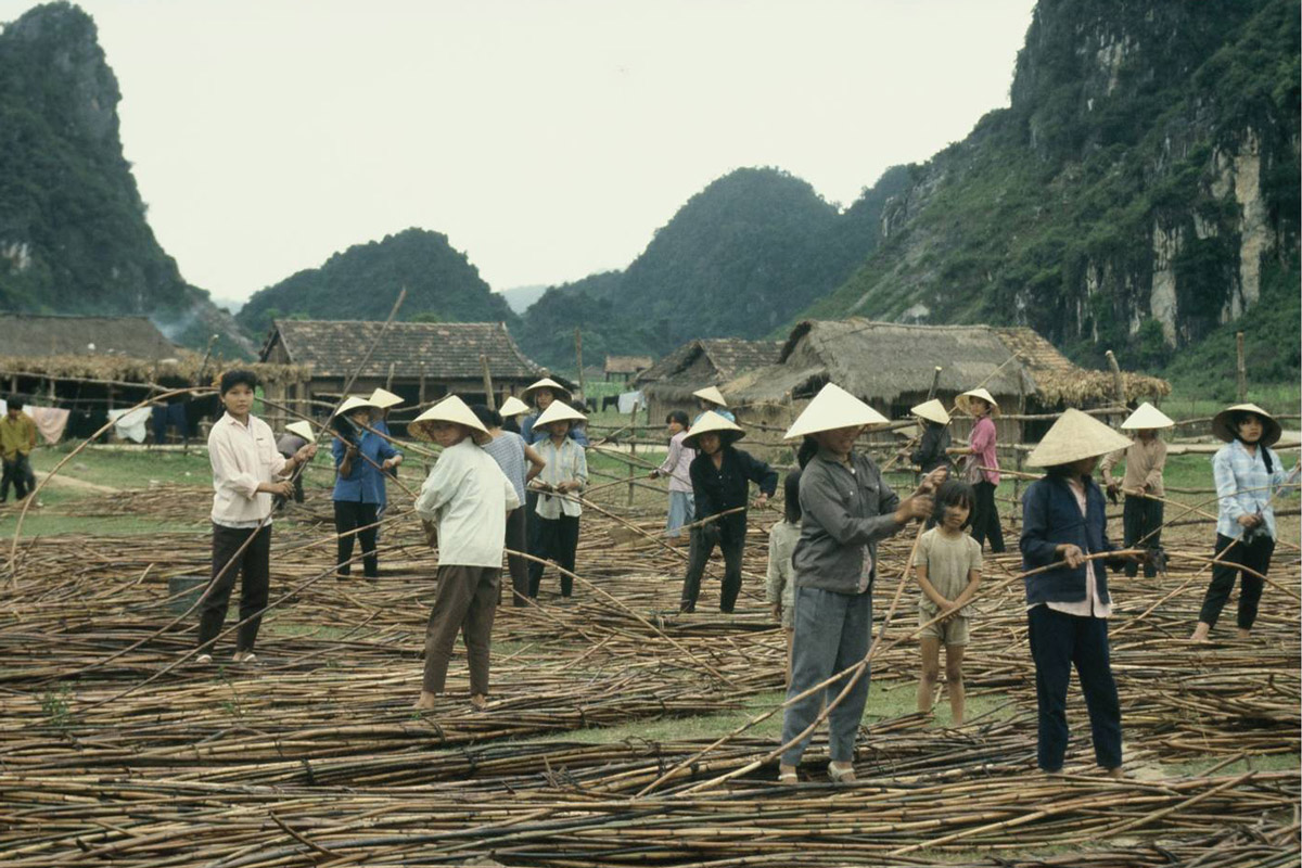 The village of Phong Nha in 1990